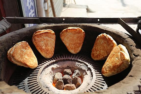 运城炭火饼子就是香,吃了一个又一个
